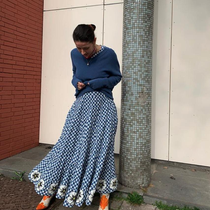 Teym - The Merino Sweater - V-Neck - Women - Instagram - 1