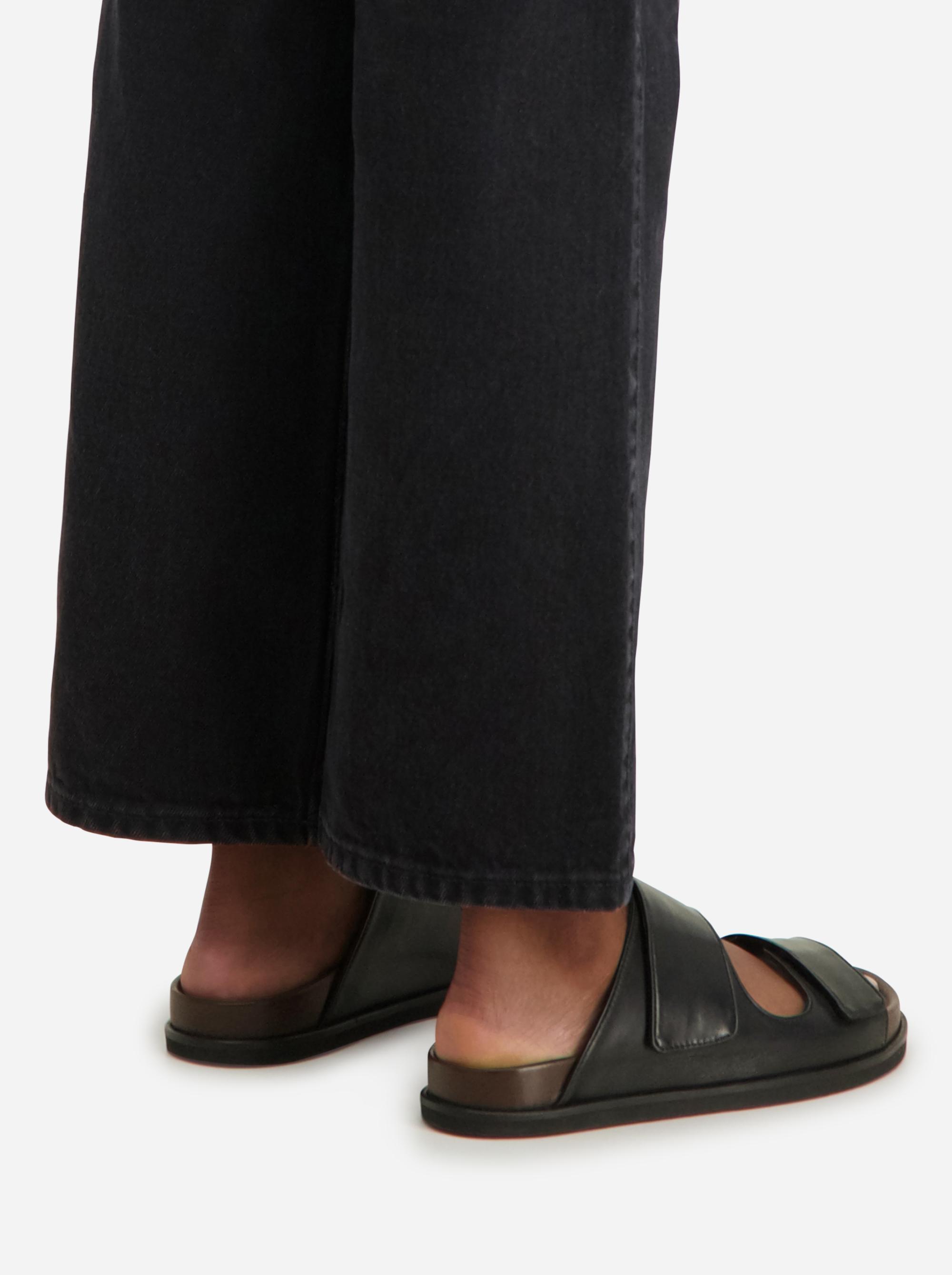 Teym - The Sandal - Women - Black - 3