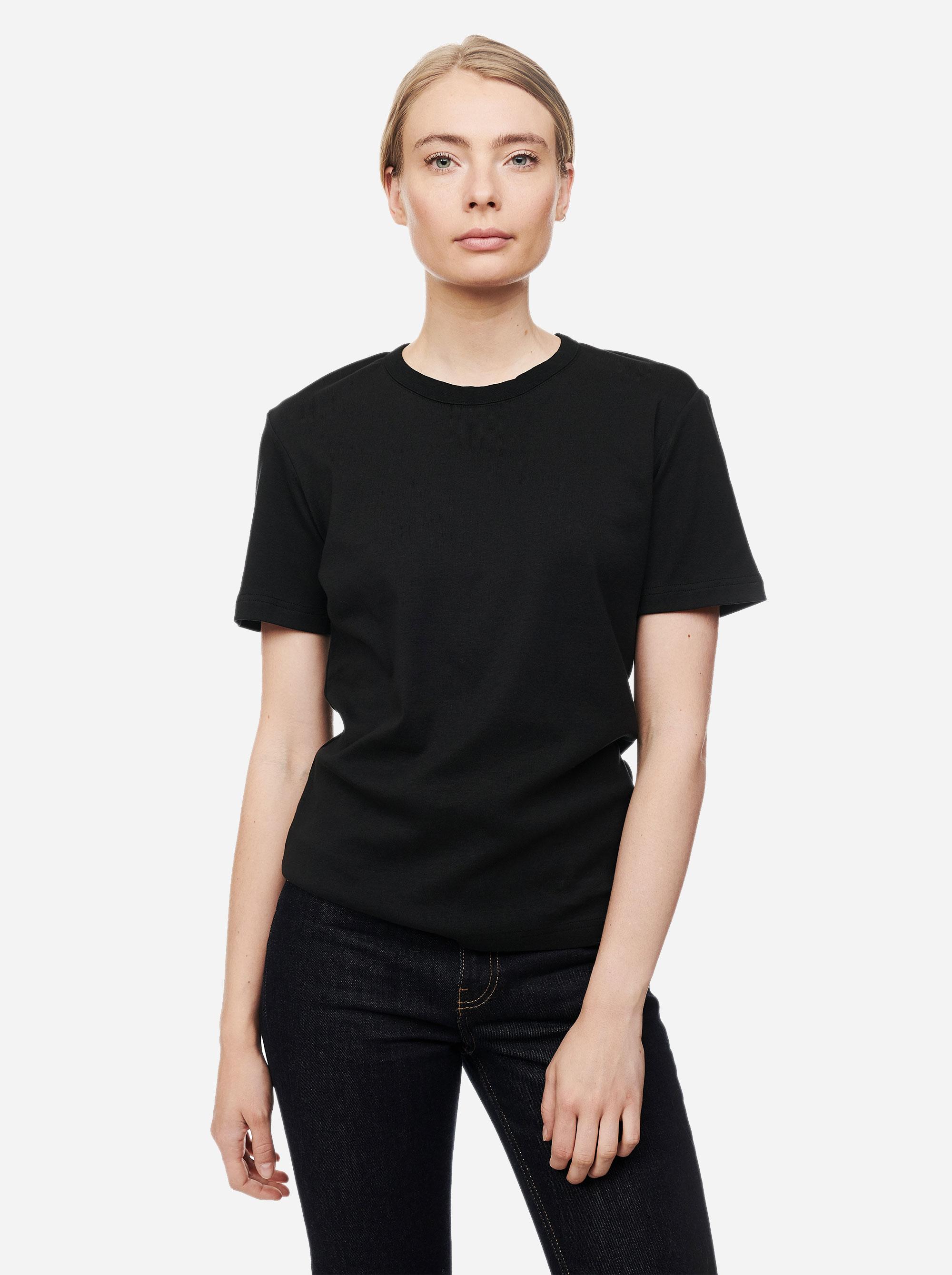 Teym - The T-Shirt - Women - Black1