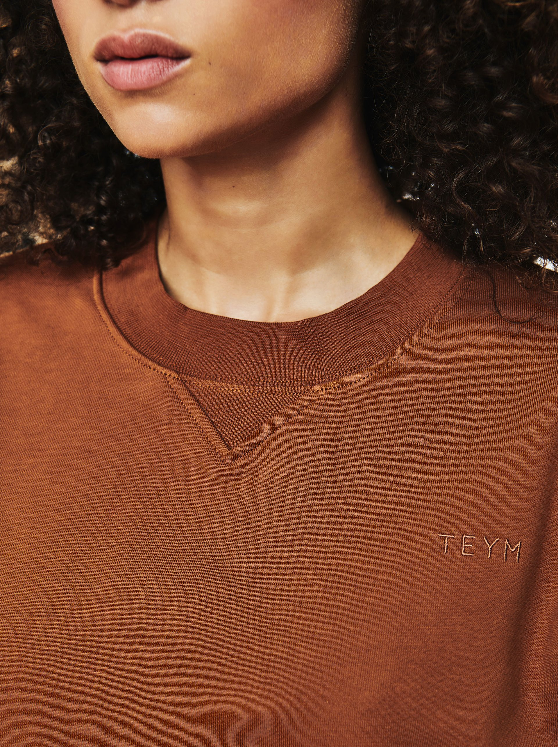 Teym-TheSweatshirt-Women-Camel02