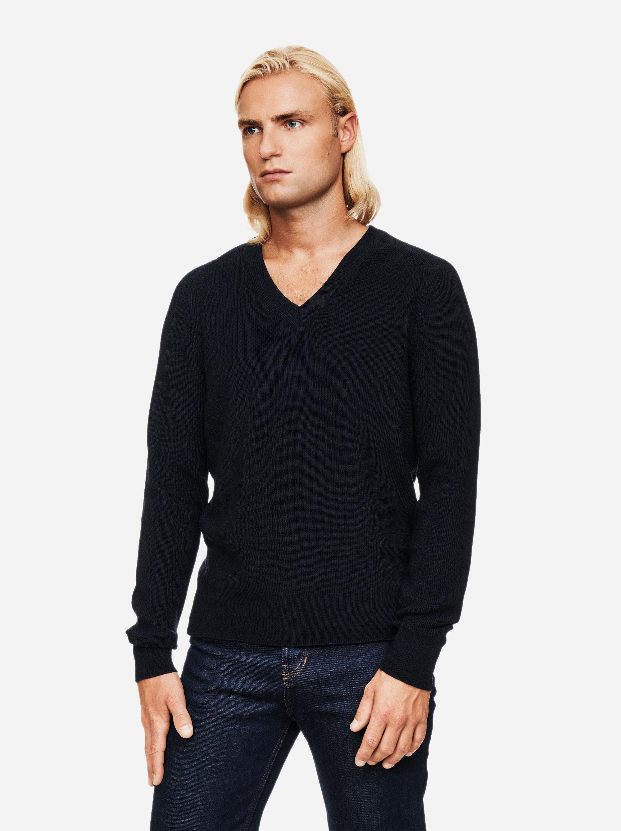 Teym - V-Neck - The Merino Sweater - Men - Blue - 2