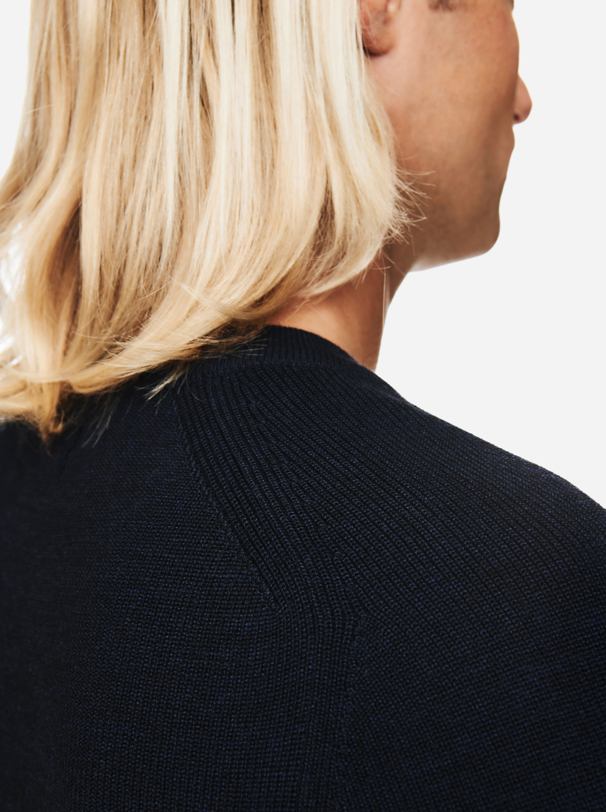 Teym - V-Neck - The Merino Sweater - Men - Blue - 3