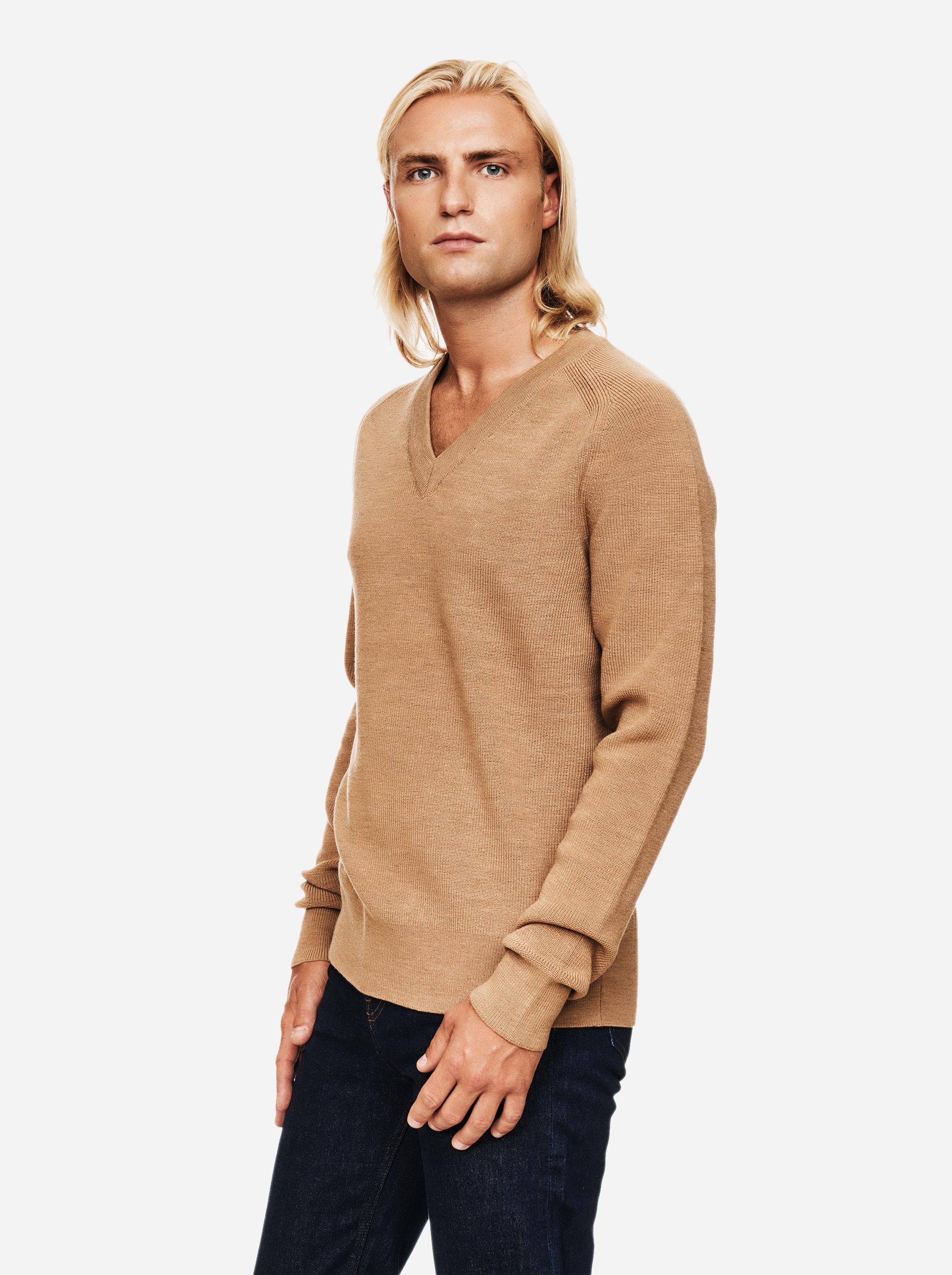 Teym - V-Neck - The Merino Sweater - Men - Camel - 1