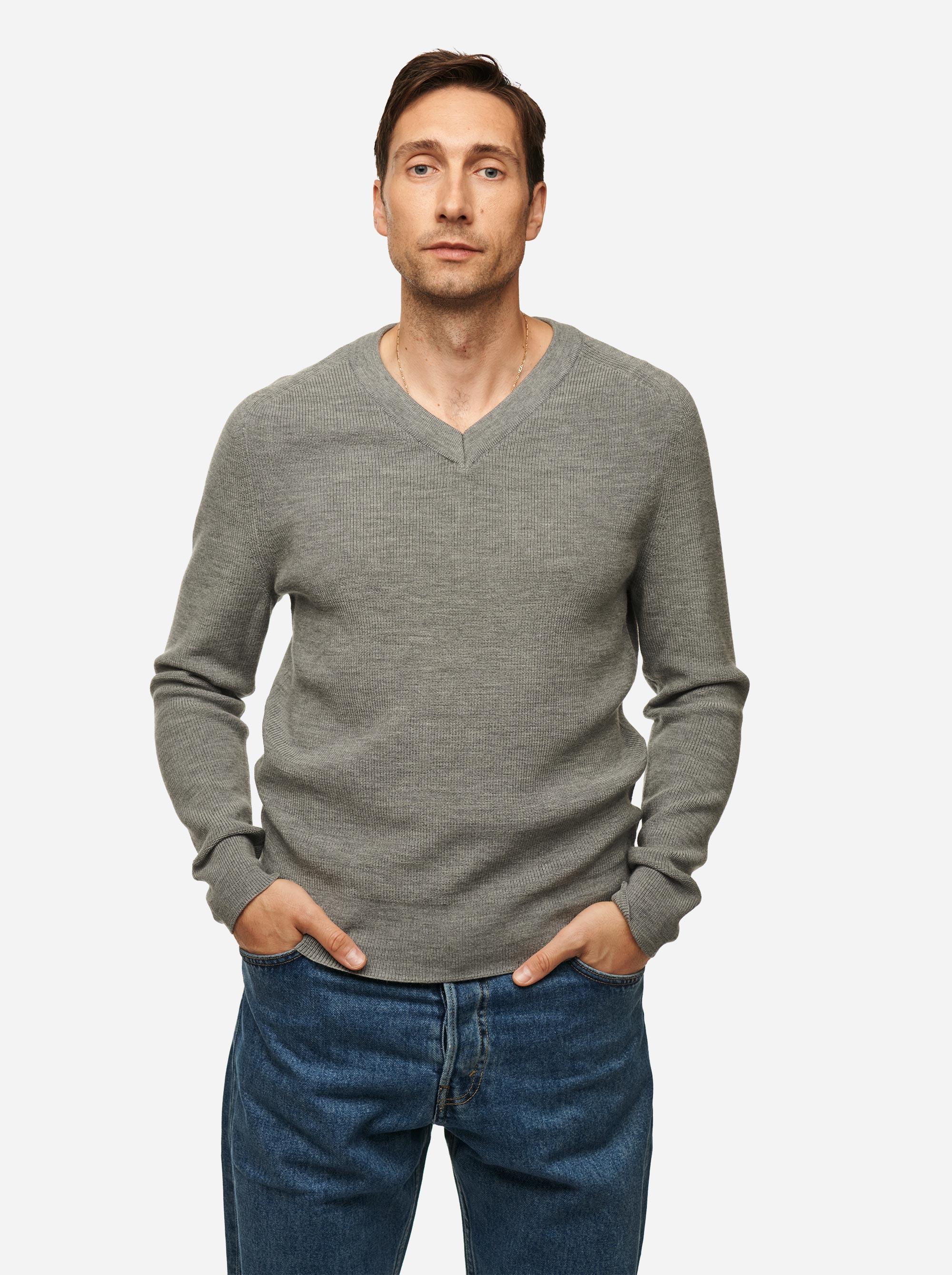 Teym - V-Neck - The Merino Sweater - Men - Grey - 1