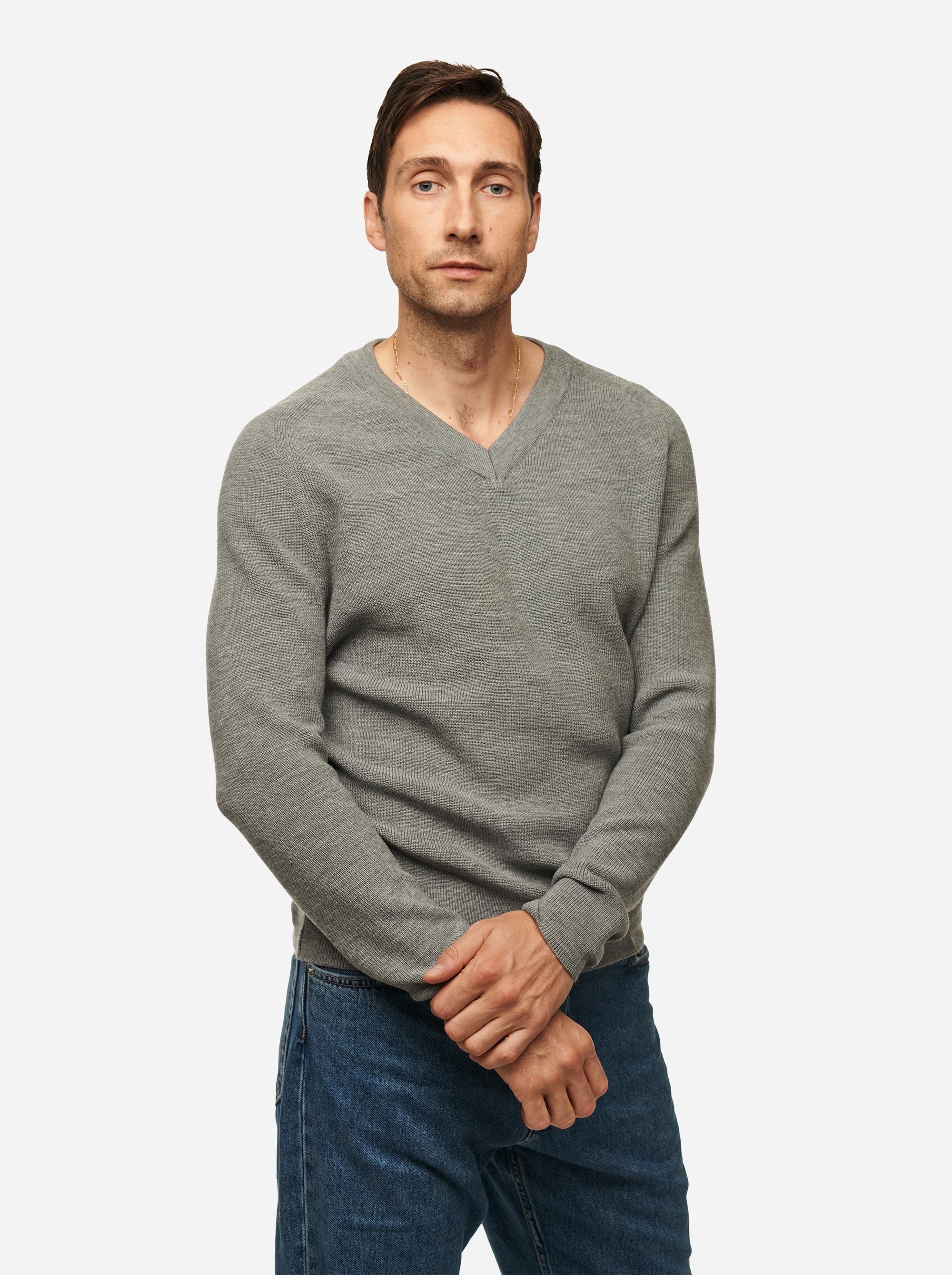 Teym - V-Neck - The Merino Sweater - Men - Grey - 2