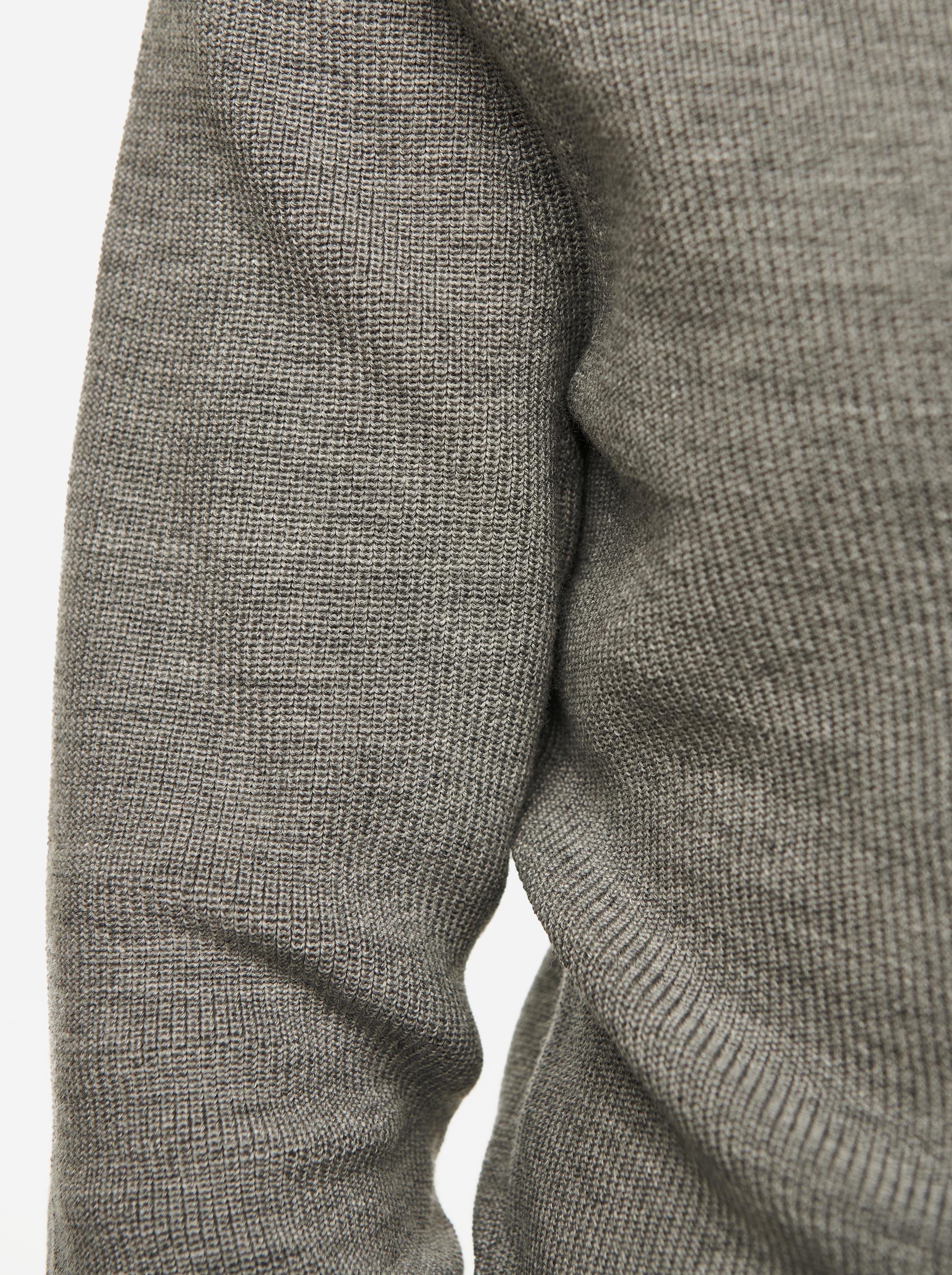 Teym - V-Neck - The Merino Sweater - Men - Grey - 5