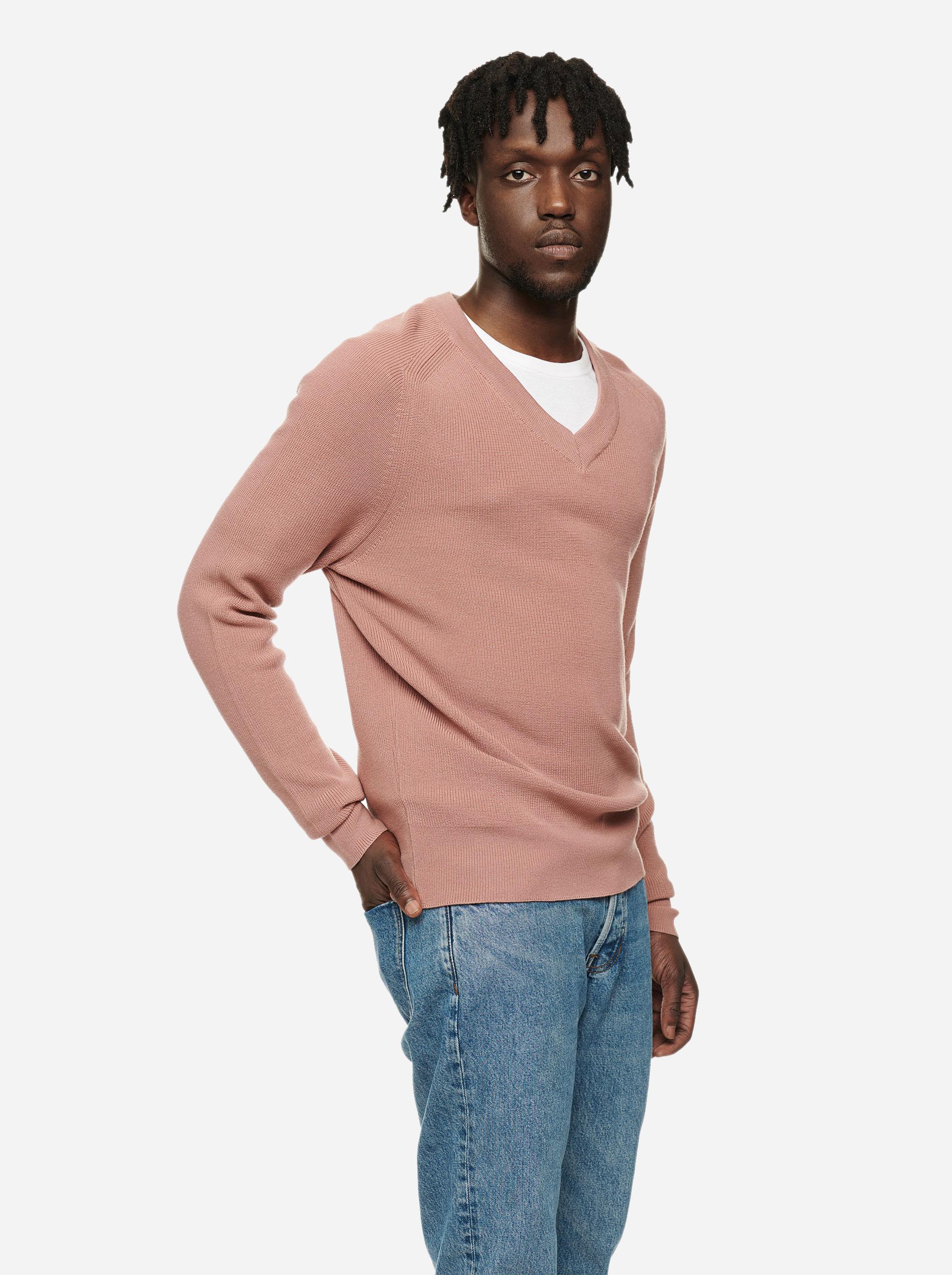 Teym - V-Neck - The Merino Sweater - Men - Pink - 1
