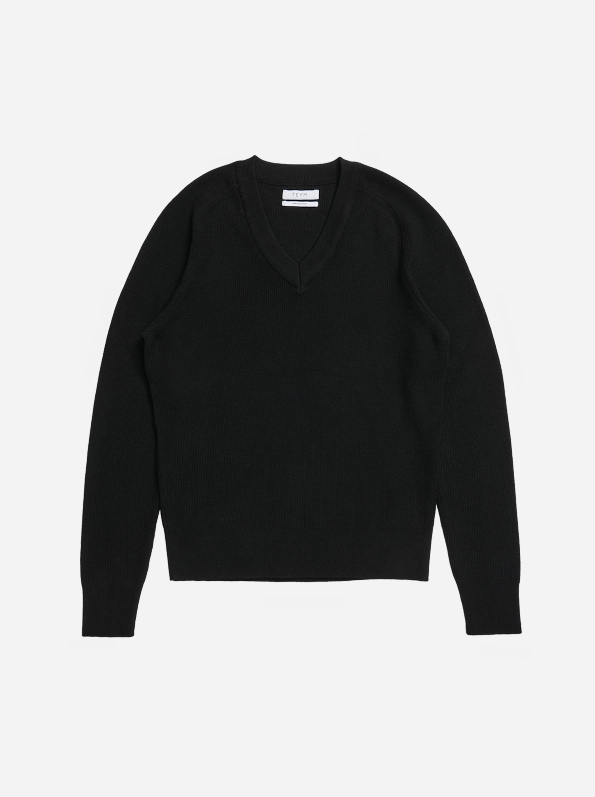 Teym - V-Neck - The Merino Sweater - Women - Black - 3