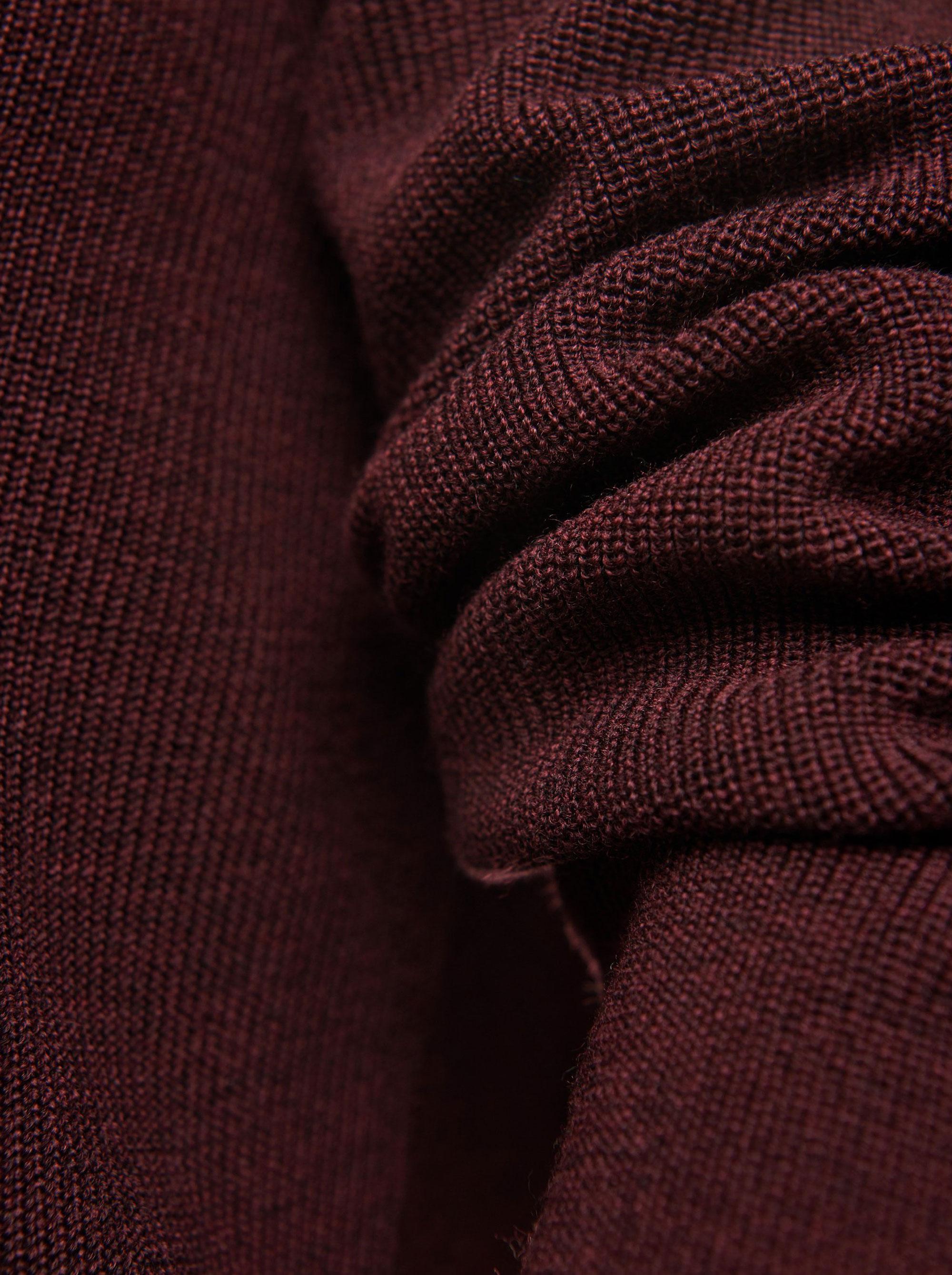 Teym - V-Neck - The Merino Sweater - Women - Burgundy - 2