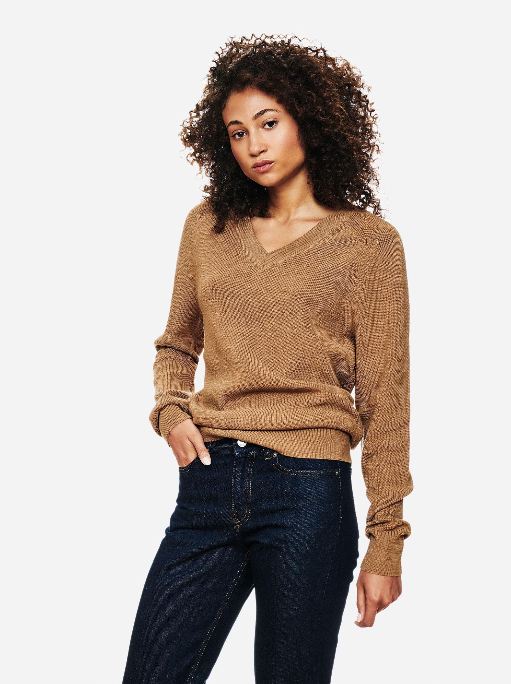 Teym - V-Neck - The Merino Sweater - Women - Camel - 1